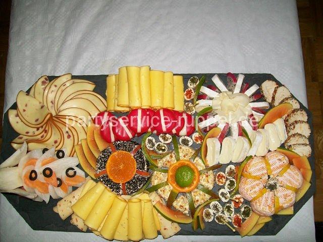 Käseplatte / Сырное ассорти