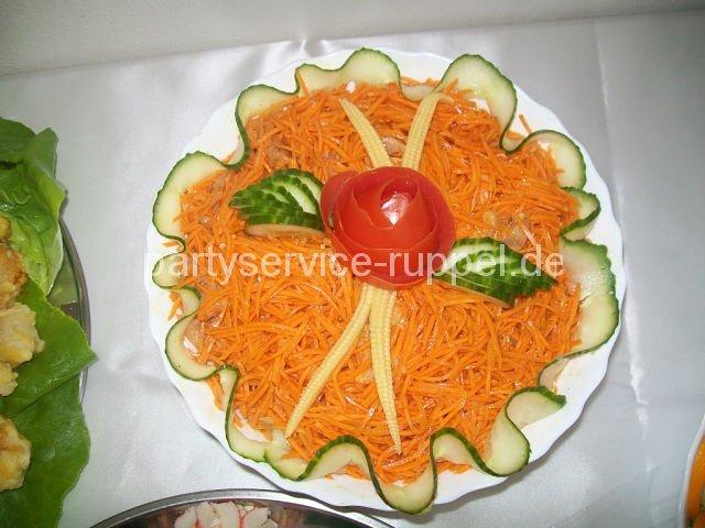 Karottensalat nach koreanischer Art / Морковь по-корейски