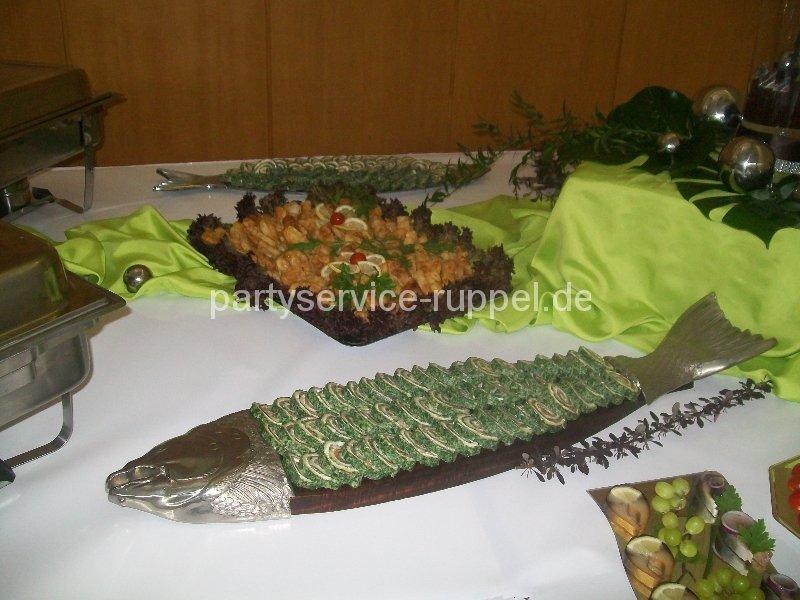 Lachs-Spinat-Rolle / Рулет из лосося и шпината